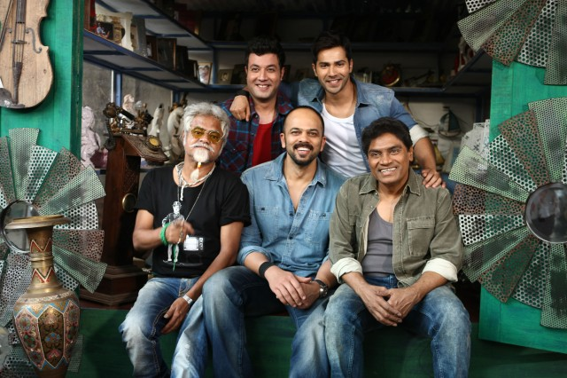 VARUN SHARMA, VARUN DHAWAN, SANJAY MISHRA, ROHIT SHETTY AND JOHNY LEVER ON DAY ONE SHOOT OF DILWALE 675C7025