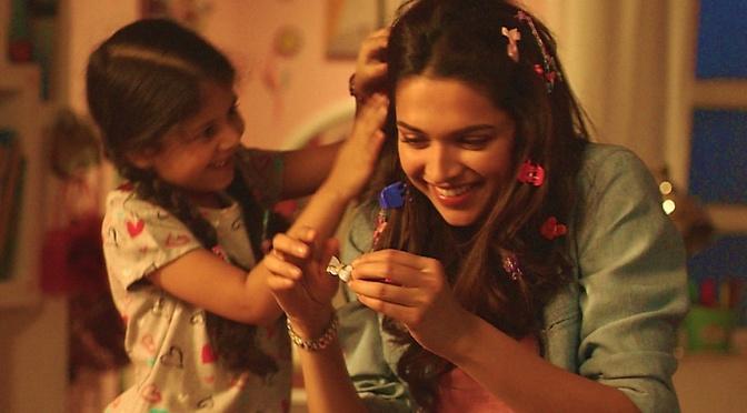 Deepika's seven looks in 'PIKU'