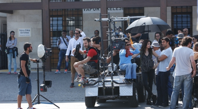 Zoya Akhtar Brings Exotic Touch to Filming of Dil Dhadakne Do