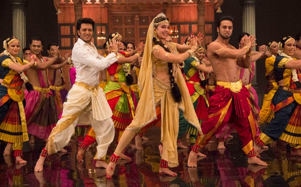 Jacqueline, Riteish & Pulkit groove to 5 world cultural dances