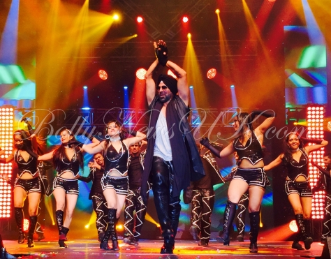Akshay Kumar performs in USA (1)