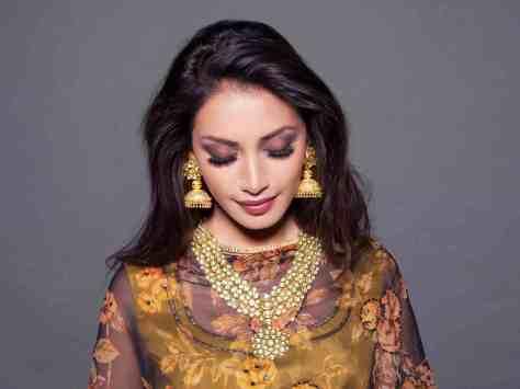 Red Dot Jewels-White Mughals (3)
