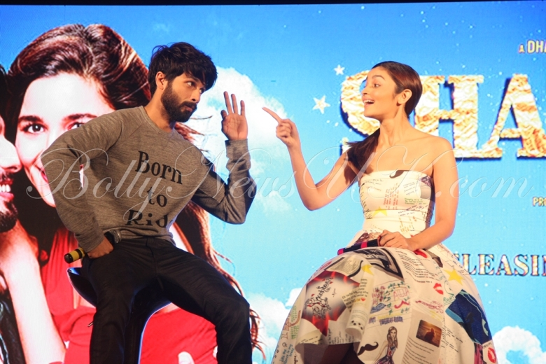 Shaam Shaandar Launch - Alia Bhatt, Shahid Kapoor - 20th Century Fox (10)