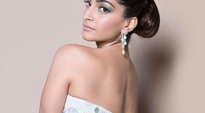 Sonam Kapoor to soon meet Anuja Chauhan for 'The Zoya Factor'